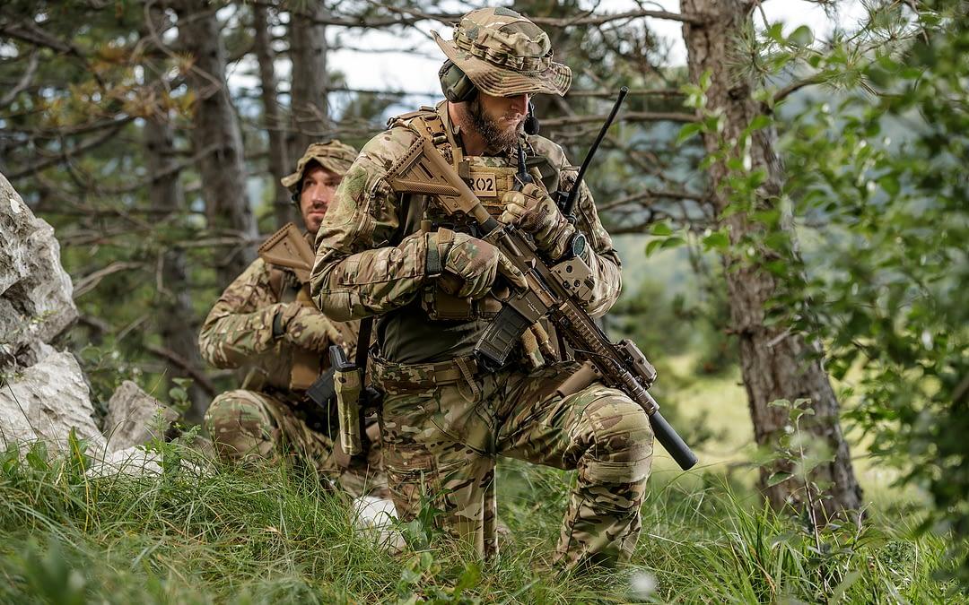 Modulares Schutz- und Bekleidungssystem für Polizei und Militär